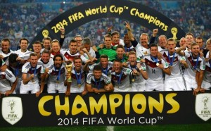 Germany+players+celebrate+with+their+trophy+after+winning+the+2014+World+Cup+final+between+Germany+and+Argentina